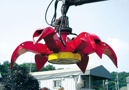 All-Kor Hydraulic Magnet grapple