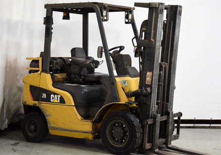 Caterpillar DP25NT Forklift